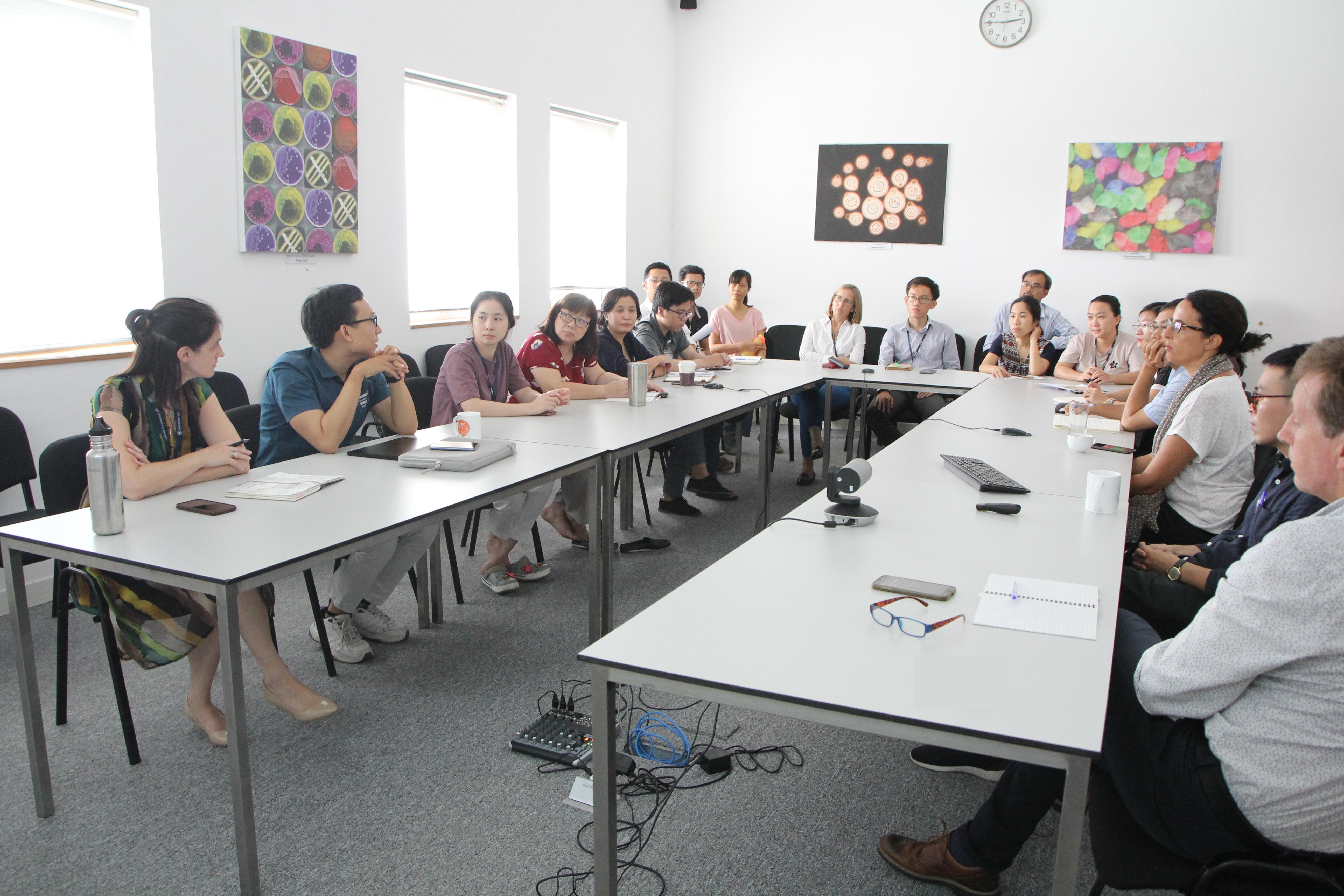 Buổi họp nội bộ dự án VITAL tại OUCRU ngày 24 tháng 8 năm 2020